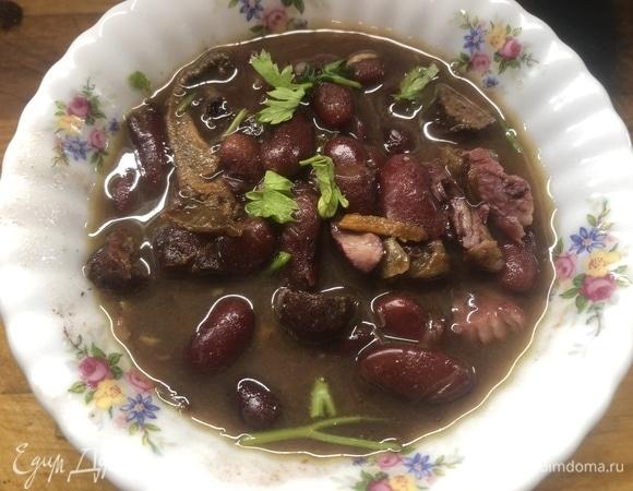Фасолевый суп из рульки с колбасками by Alekseev