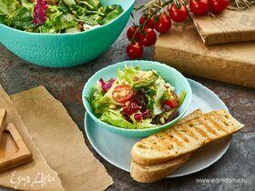 Салат с финиками, авокадо и кедровыми орешками