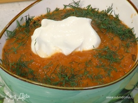 Суп из запеченных помидоров с пряными травами и гренками