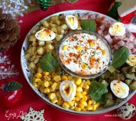 Салат с жареным картофелем и ветчиной