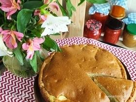 Заливной пирог с капустой и яйцами