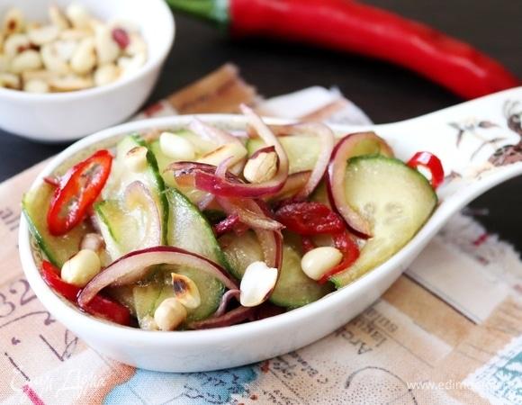 Тайский салат из огурцов «Ям Тэн»
