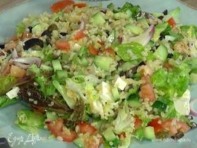Овощной салат с булгуром и фетой