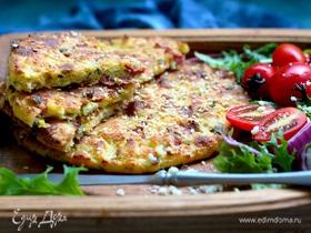 Лепешки творожные с сыром и ветчиной