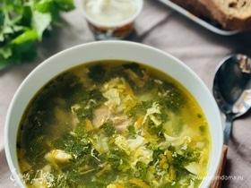 Суп из крапивы с мясом и яйцом
