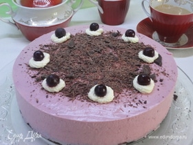 Шоколадный торт с творожно-вишневым муссом
