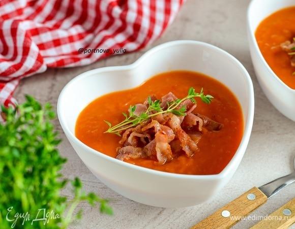 Суп-пюре из запеченных овощей с беконом