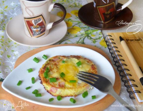 Кабачковые оладьи с сыром и ветчиной