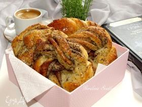 Творожные булочки с маком и корицей