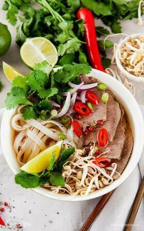 Ужин в азиатском стиле