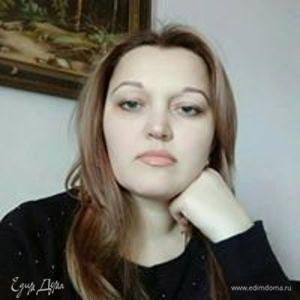 Елена Чичерская