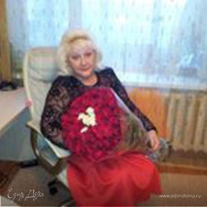 Елена Ненилина