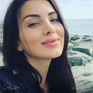 Anna Loza